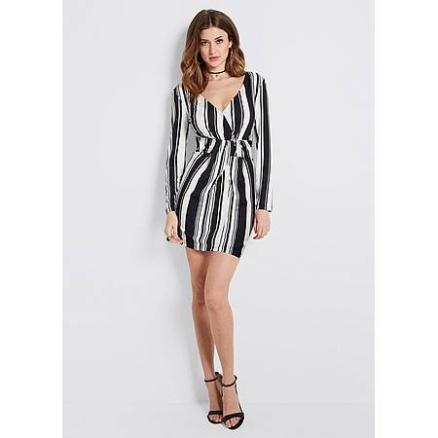 Zwart-wit gestreept jurkje