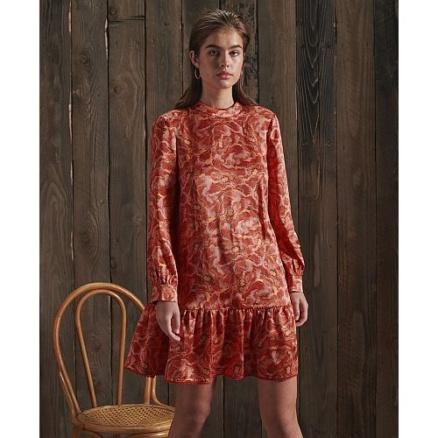 Rood zijden jurkje