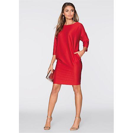Vlammend rode jurk